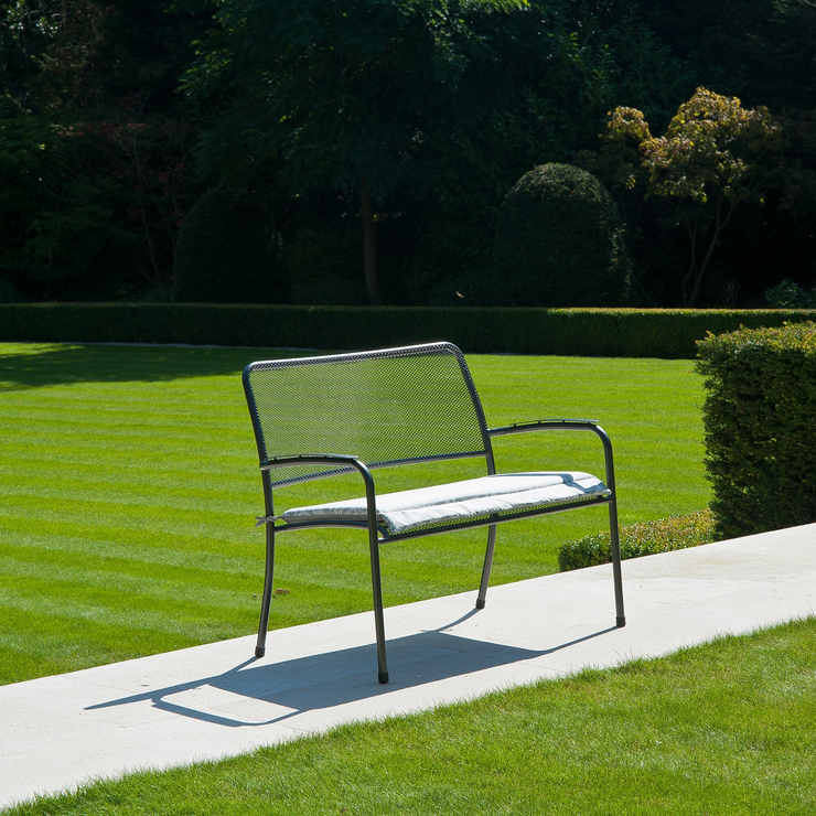 Portofino Garden Bench Metal Mesh By Alexander Rose Garden Benches