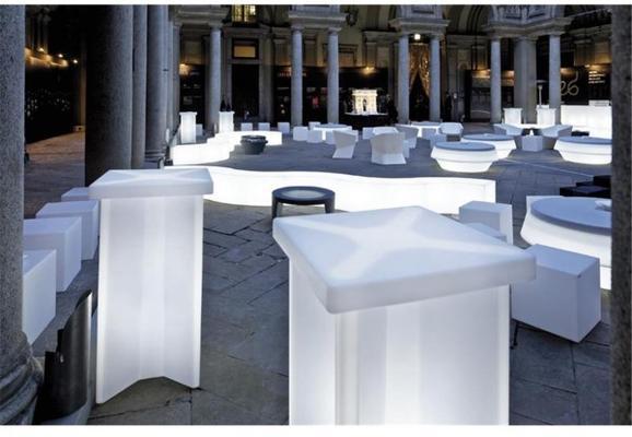 X2 (light) bar table image 2