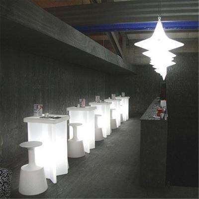 X2 (light) bar table image 3