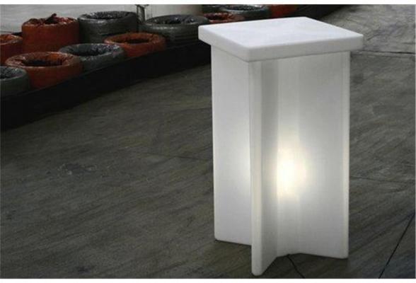 X2 (light) bar table image 5