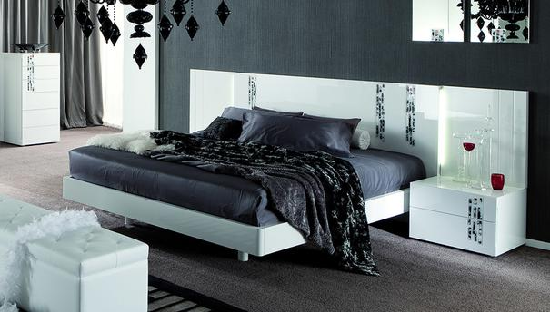 Murano wing storage bed