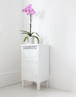 Simple Side Cabinet image 2