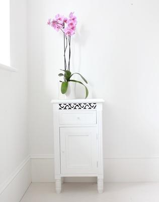 Simple Side Cabinet image 4