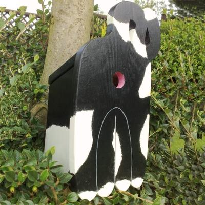 Handmade Cat's Rear Bird Box image 3