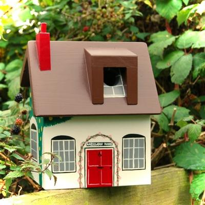 Handmade Cottage Bird Box image 3