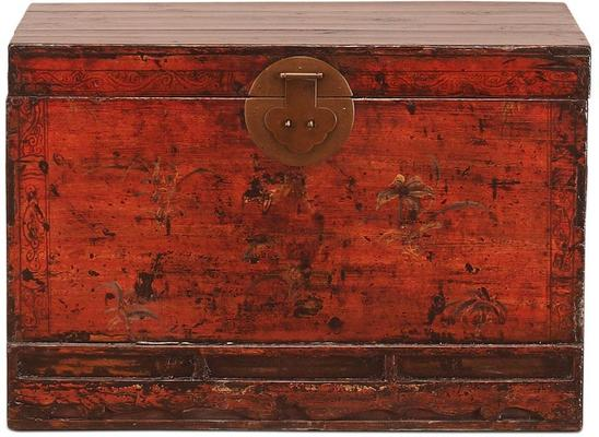 Red Lacquer Painted Blanket Box image 2