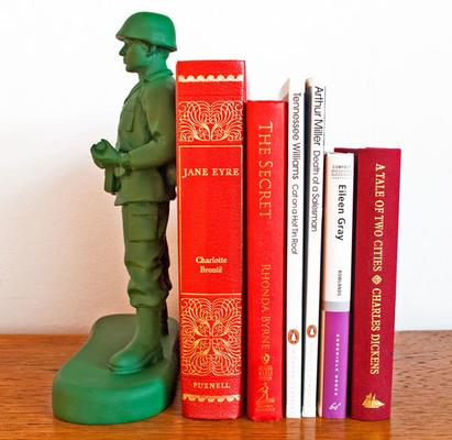 Suck UK Home Guard Bookend image 2