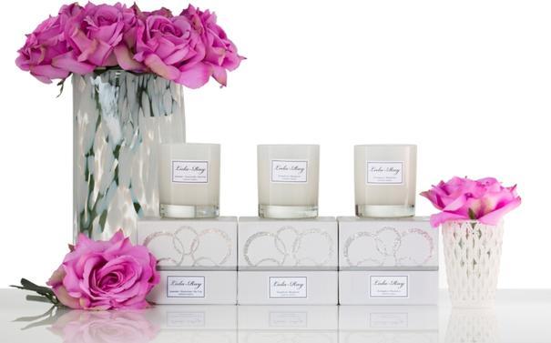 Luxury Scented Candle - Pomegranate - Mandarin - Amber image 3
