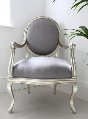 French Silver Armchair with Lilac Upholstery image 4