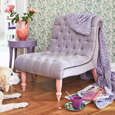 Buttoned Velvet Comfort Chair image 3