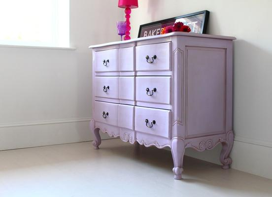 French Chest of Drawers image 3