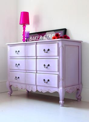 French Chest of Drawers image 4