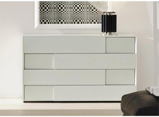 Prestige 4 drawer chest