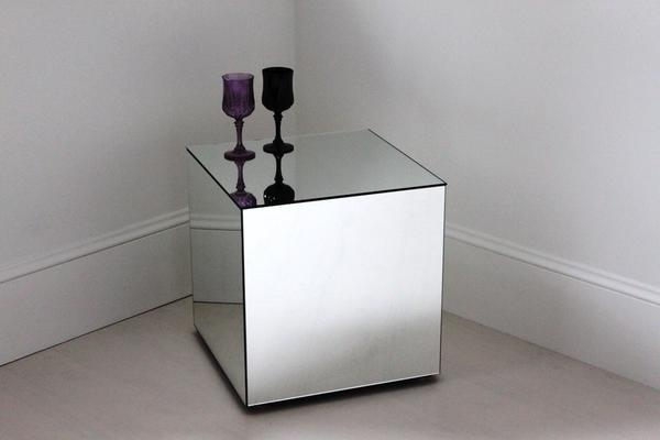 Cube Mirrored Table image 2