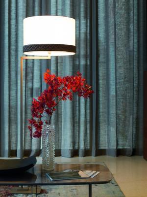 Elysee coffee table image 2