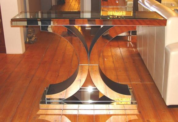 Venetian Mirrored 'X' Console Table image 2