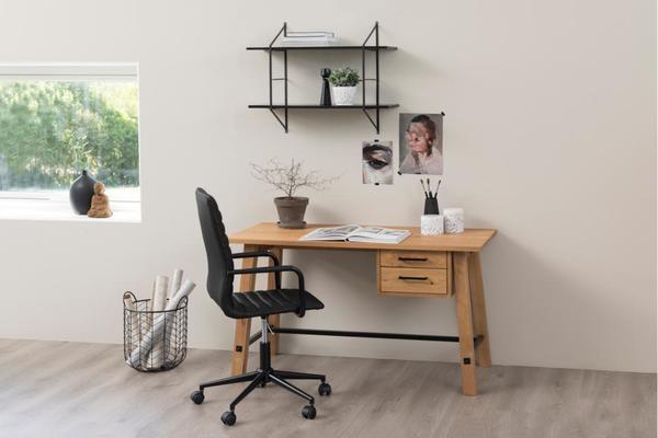 Stockhelm (Wild Oak) desk image 4