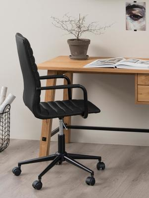 Stockhelm (Wild Oak) desk image 6
