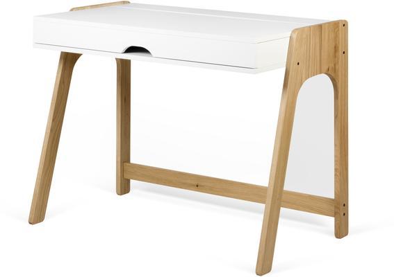 Aura desk image 3