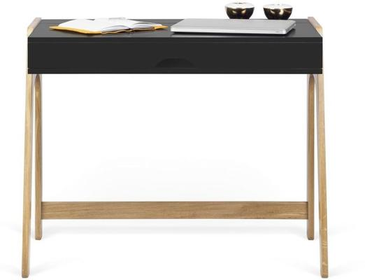 Aura desk image 8