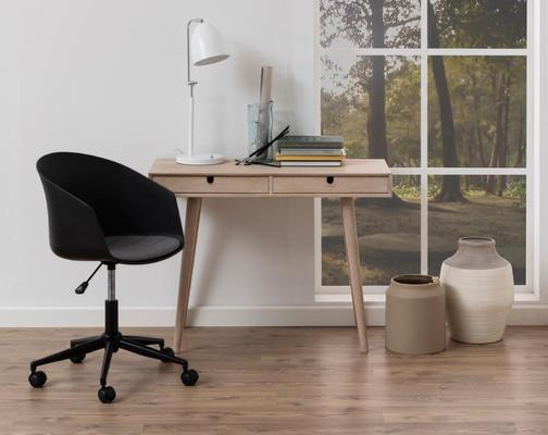 Centura desk image 4