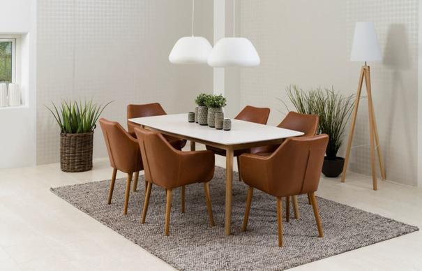 Nori carver chair image 4