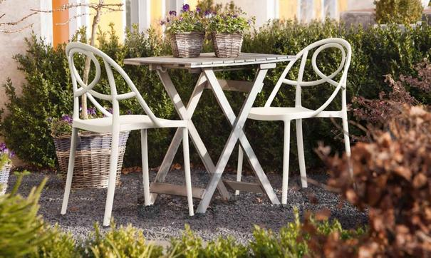 Etoile Side Chair Contemporary Stacking Design