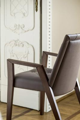 Royal dining chair (with arms) image 6