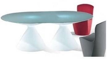 Ed 11 (light) dining table image 3
