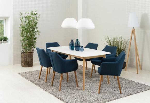 Nagane dining table image 6