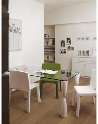Prince dining table image 3