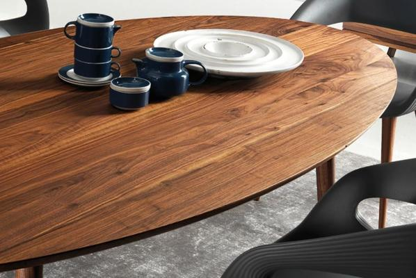 Eagle dining table image 4