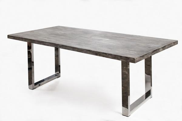 Catuaba Dining Table