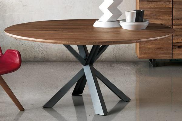 Montana (wild) round dining table