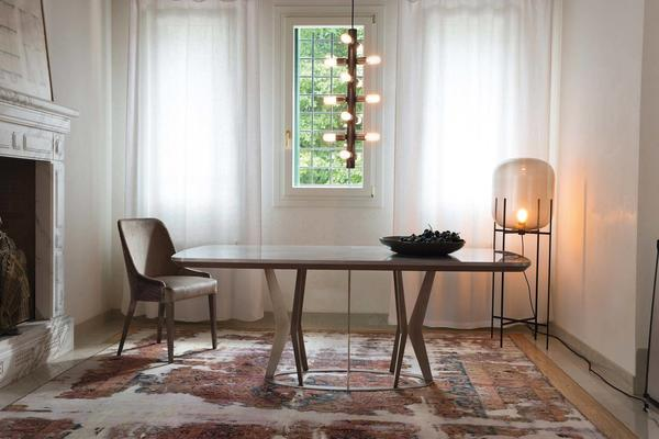 Elysee dining table