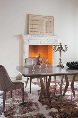 Elysee dining table image 6
