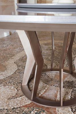 Elysee round dining table image 2