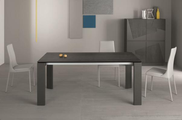 Keram extending dining table