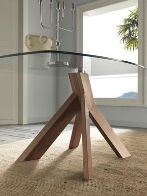 Moa dining table image 3