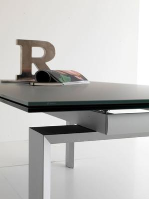 Alu glass extending dining table image 4