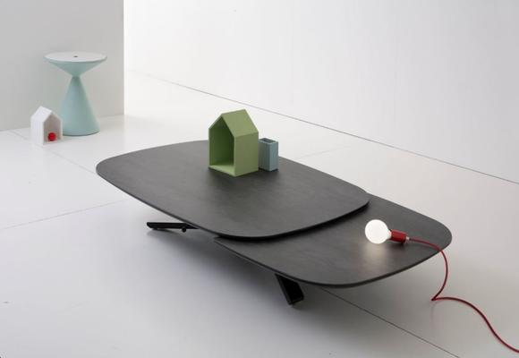 Play dining / coffee table image 3