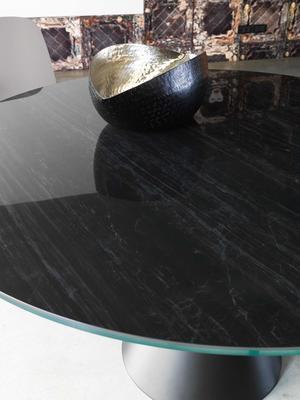 Dama round dining table image 3
