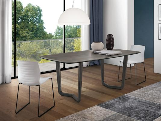 Vento dining table image 2