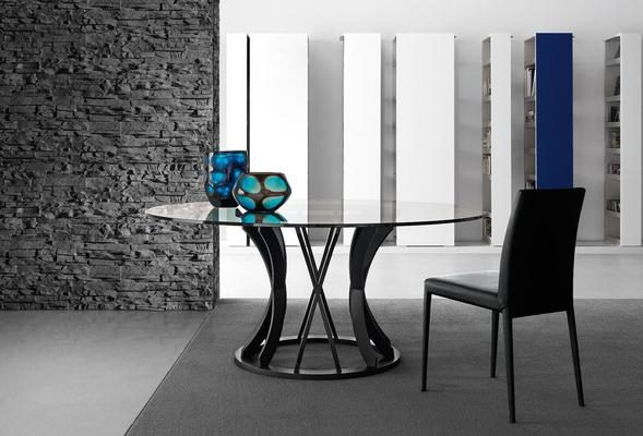 Dorico (round) dining table image 7