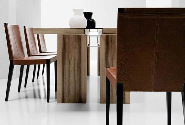 Ritz dining table image 6