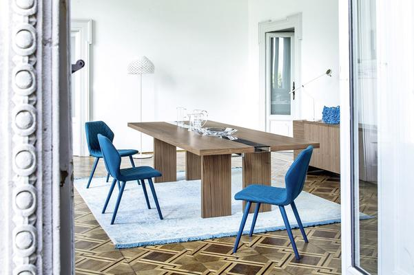 Ritz dining table image 8