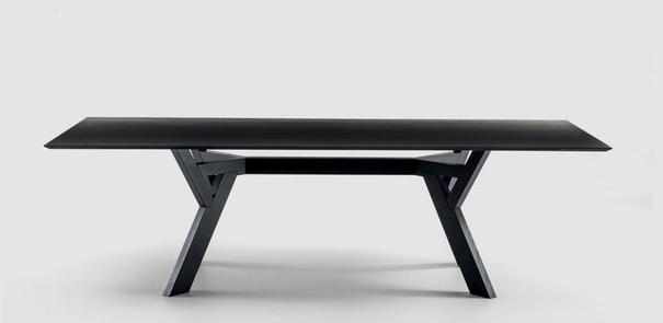 Trigono dining table image 3