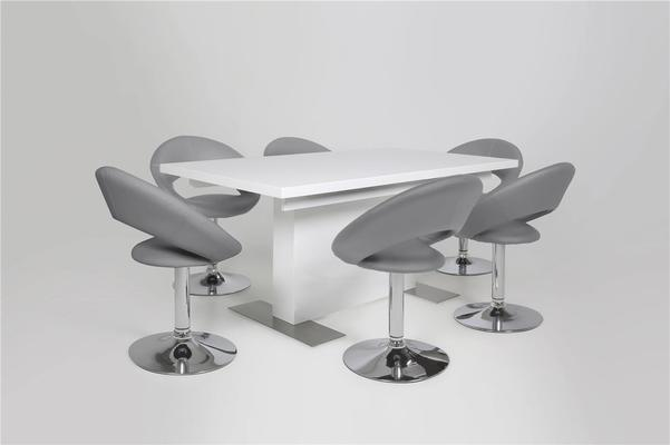 Brock extending table and Pluma chairs