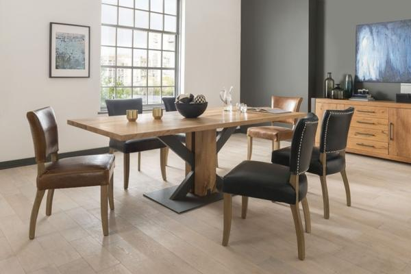 Lindar dining table image 3