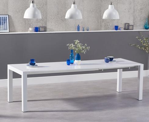 Oregon extending dining table